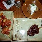 Rinderfilet, Ofenkartoffel und Gemüsespieß