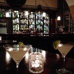 Photo de Apotheka Cafe Bar