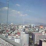 vista de la terraza hacai el monumento a la Revolucion