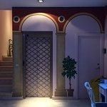 Photo de Life Apartments Giralda Suites