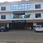 City Comforts Inn