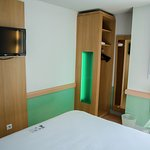 Ibis Budget Aeroport le Bourget Garonor Photo