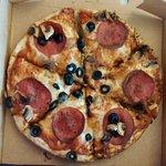 Mushroom olive peperoni pizza
