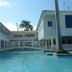 Photo de Hotel Beach House Playa Dorada