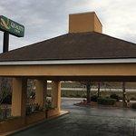 Photo de Quality Inn Coliseum