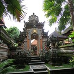 Balinese family temple down the alleyway next Rahayu Restaurant and Bar