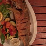 If you want a most delicious fresh whole red snapper dinner go to the Mad Beach Fish House! Grea
