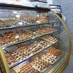 صورة فوتوغرافية لـ El Ahram Bakery