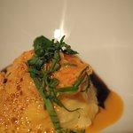 Frikasse vom Hummer mit Kartoffelstampf, Basilikum und Portweinjus