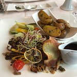 Photo de Zee Restaurant