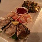 Foto di Waterfront Kitchen