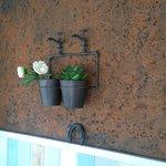 détail de décoration de la salle de petit-déjeuner