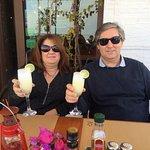 Disfrutando de un Pisco Sour frente al mar en Mojacar!,,.. todo un lujo!
