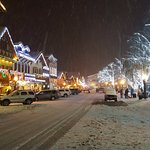 Leavenworth at night
