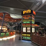 Photo de Giraffe - Heathrow
