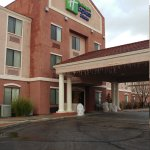 Photo de Holiday Inn Express Hotel & Suites Willcox