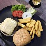 ภาพถ่ายของ Eden Steak and Burger