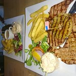 Such nice food, had gammon & partner had fillet, was amazing. Staff very friendly!