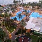Foto de FAMILY LIFE Playa Feliz Apartamentos