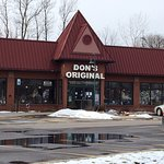 Don's Original (Pub side) - front of Don's