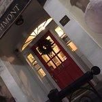 Photo de Larchmont Hotel