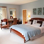 Bedroom, Kelmscott House, Eversholt, Woburn