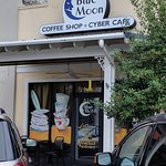 Фотография Blue Moon Coffee Shop