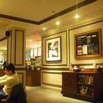 Starbucks (WaiTan)의 사진
