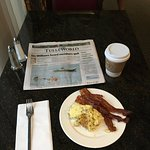 Breakfast at the lounge