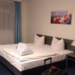 Photo de Hotel Kreuzer