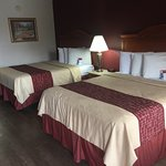 Photo de Red Roof Inn & Suites Pigeon Forge - Parkway