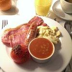 Klassisches britisches Frühstück