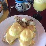 Eggs bennedict