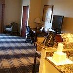 Photo de Best Western Lockhart Hotel & Suites