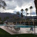 Photo de Days Inn Palm Springs