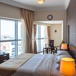 デューンズ ホテル アパートメント アル バーシャ