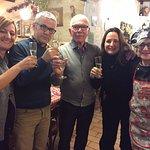 Brindisi al Nuovo Anno con la chef Mirella e gestore locale Umberto!