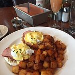The Eggs Benedict (and complimentary Bellini)