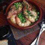 Yummy garlic prawns + peas