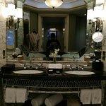 Photo de Waldorf Astoria Shanghai on the Bund