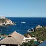 desde aqui podemos observar el restaurant y la playa que es parte del hotel