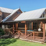 Endeavour Cottage - 3 Bedroom, 3 Bathroom Property