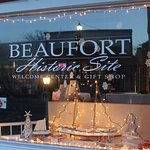 Beaufort Historic Site at Christmas