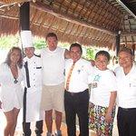 Con el Chef Roger Dzib Dzul, el capitán Carlos Góngora y el mesero Ignacio Alonso