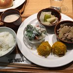 Cafe & Meal MUJI GRAND FRONT OSAKA의 사진