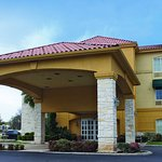 Photo of La Quinta Inn & Suites Fredericksburg