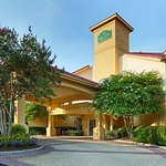 Photo of La Quinta Inn & Suites Raleigh International Airport