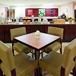 Photo of La Quinta Inn & Suites Milwaukee Bayshore Area