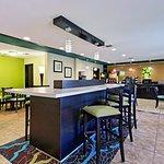 La Quinta Inn Dallas Park Central Foto
