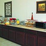 Foto di La Quinta Inn & Suites Wichita